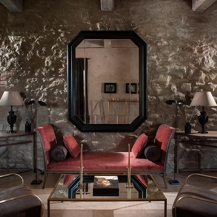 Th mirror coffee table horizontal 2