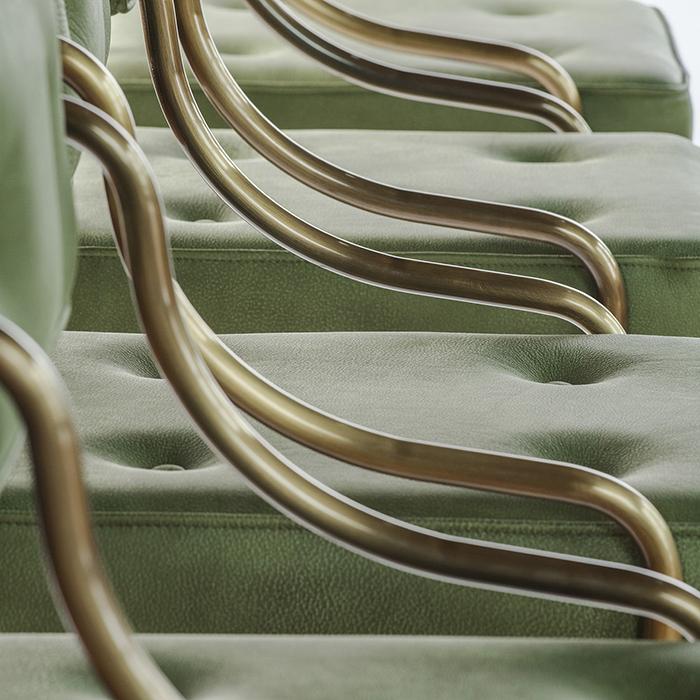 The bar chair horizontal 5