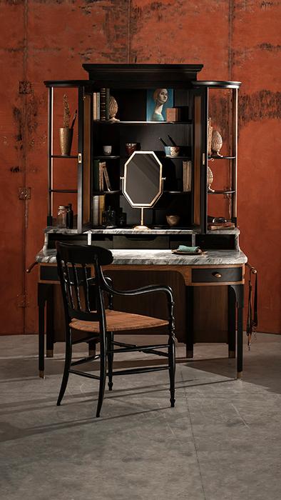 The dressing table horizontal 2