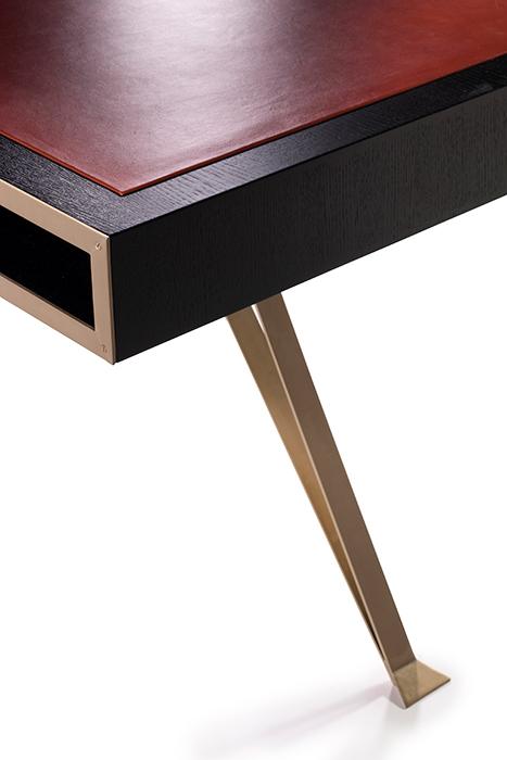 The writing desk horizontal 4