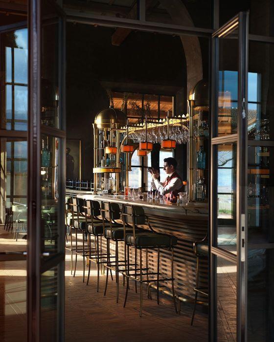 Interior design public spaces carousel 01