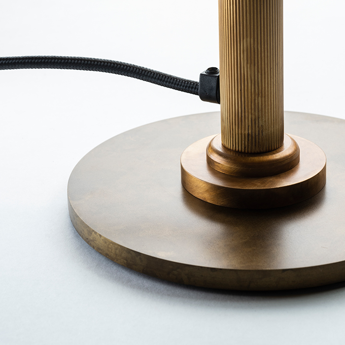 Velvet poggibonsi table lamp horizontal 1